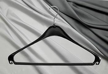Formbügel aus bruchsicherem Kunststoff